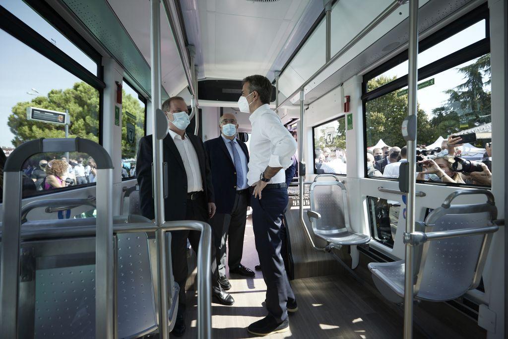 Μητσοτ λεωφορείο